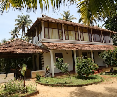 Pozhiyoram Beach Resort,Alleppey